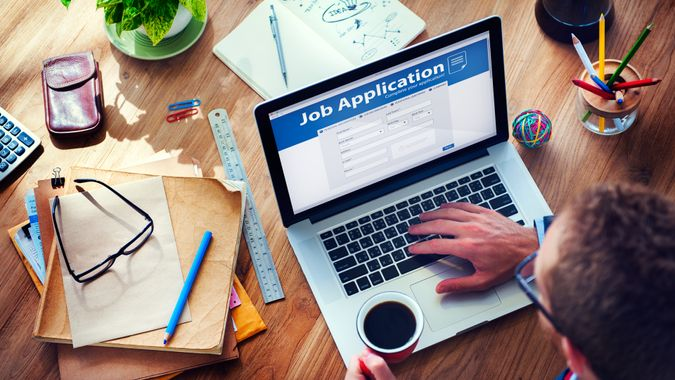 How to apply to the Best and Suitable Jobs